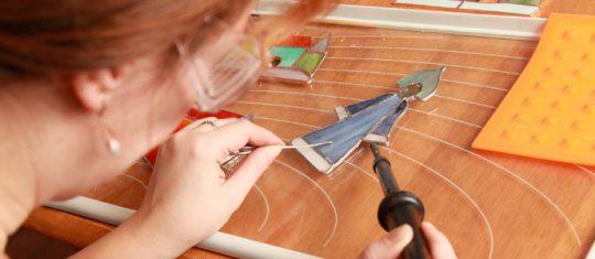 Comment créer soi-même une lampe vitrail